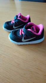 REDUCED!!Nike infant girl trainers UK 4.5