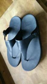 Black Fitflops. Size 6. Worn once.