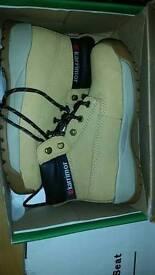 Karrimor safety shoes
