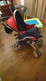 Inglesina parent and world facing pram with matching nappy bag in great condition