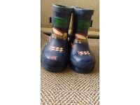 Size 5 toddler boys wellies had 2 months wear