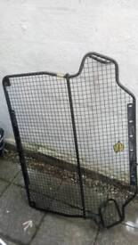Ford focus estate mk1 dog cage and separator