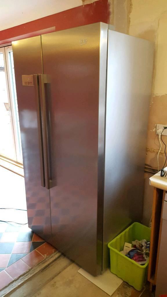 BEKO AS1141X fridge freezer
