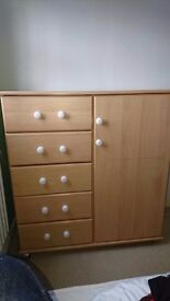 Bedroom Unit - 5 drawers and cupboard