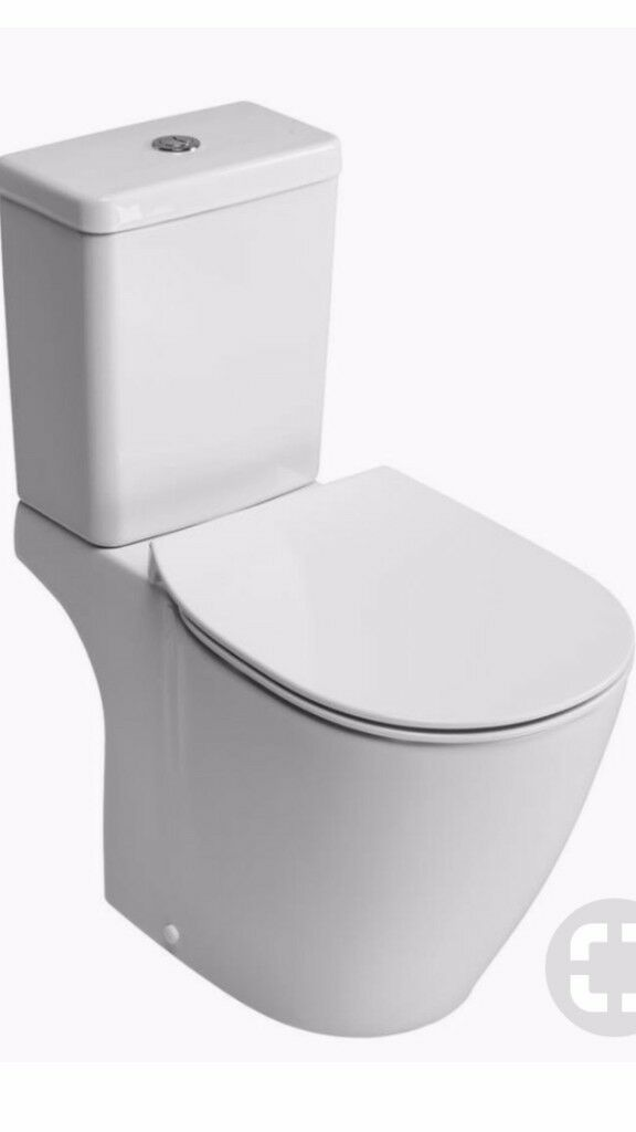 Close coupled designer toilet