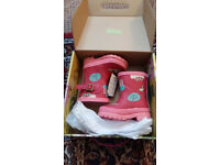 Brand New Joules toddler/ baby first wellys girls size 4 pink patterned.