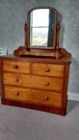 Beautiful Antique Chest of Drawers & Vanity Mirror