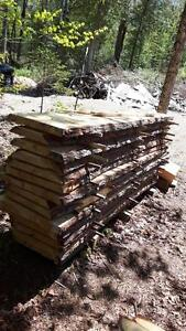 poutre piece de bois massif