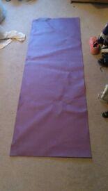 USA Pro Purple Yoga Mat