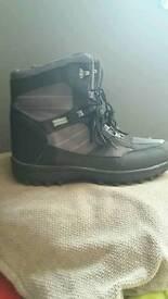 Mens walking boots