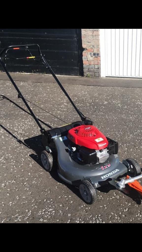 Honda HRG536SD IZY Self-Propelled Petrol Lawnmower