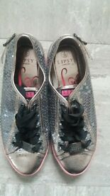 Gorgeous Lypsy trainers size 6