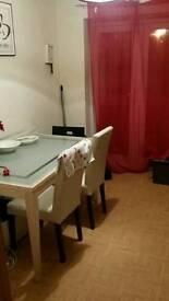 DOUBLE BEDROOM £275 P/M