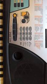 Yamaha PSR-170 Electronic Music Keyboard