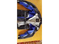 Frank Thomas AquaPore (Med) 2 piece motorcycle jacket Blue, with Armour Unisex - Great Condition
