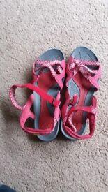 Karrimor walking sandals size 4