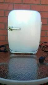 12 volt mini fridge
