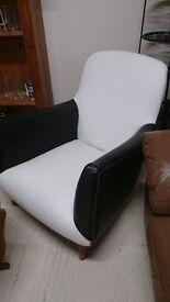Original 60's Chair Black/White Faux Leather