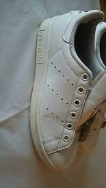 Adidas stan smiths size 3 1/2 unisex clean trainers slight damage inside heel always go there
