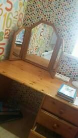Desk /dressing table
