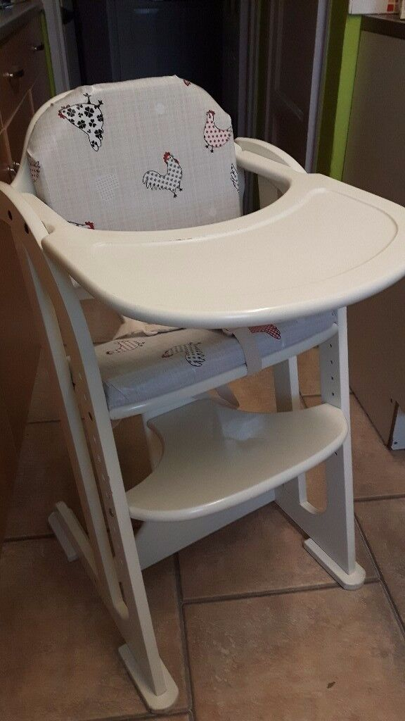 East coast high chair brilliant condition has padded