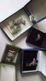 Bundle of silver jewellery