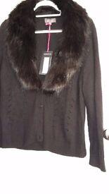 PER UNA black detatchable fur collared cardigan - size 20 - NEVER WORN - excellent conditon