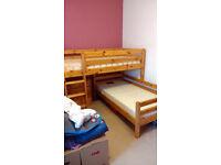 FLEXA solid pine L-shape bunk beds