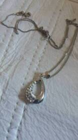 Silver jewel necklace