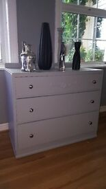 Vinatge Chest Of Drawers
