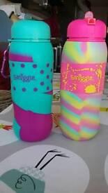 2 Smiggle bottles