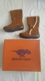 Rocket Dog brown suede boots size 4 and not worn