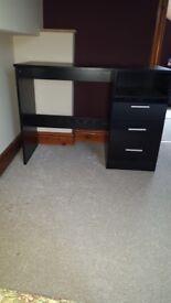 Black gloss 3 piece bedroom furniture