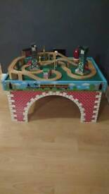 Thomas train table and engines