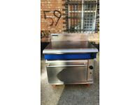 Heavy Duty Cooker Blue Seal Evolution Gas Target Top Oven NAT, Solid Top Cooker