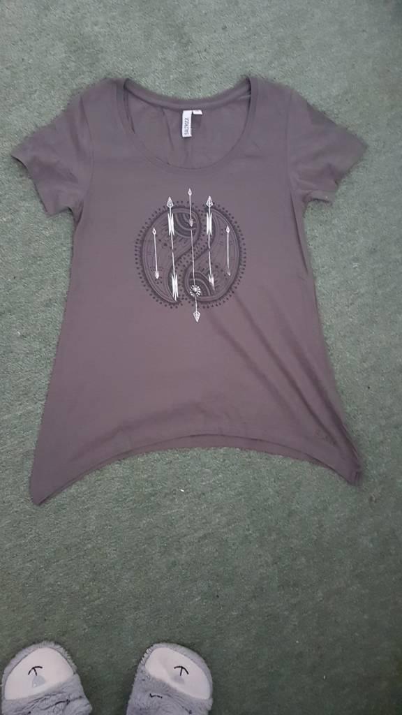 Size 10 saltrock t.shirt