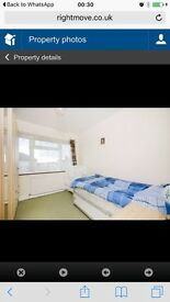 Double Room in South Ruislip for rent to share with VEG Indian Family