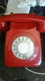 Red vintage 726 telephone, superb ring.