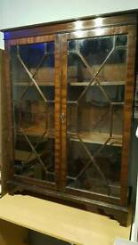Beautiful Display Cabinet in great condition