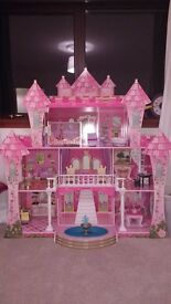 KidKraft Far Far Away Wooden Dollhouse + 21 Pieces of Furniture