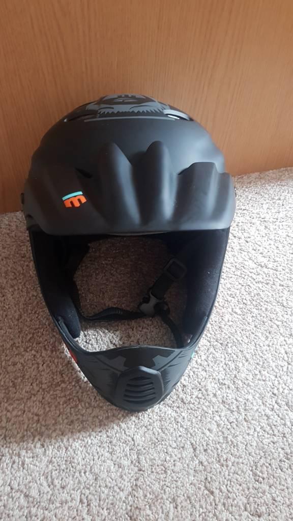 4a11894655d Mongoose Full Face bike helmet