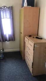 Spacious Single Room to Rent in Shared House in Northumberland Avenue, Reading RG2