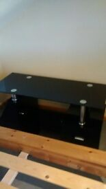 Black Glass TV/DVD Stand with drawer- Excellent Condition!