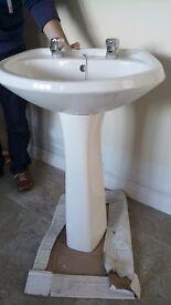 White Bathroom Suite-toilet, sink & bath