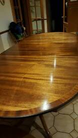 Beautiful Traditional Dining Room Table and 8 Chairs