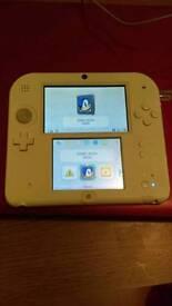 Nintendo 2DS WHITE/RED