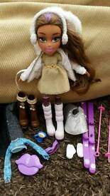 Bratz doll yasmine snow kissed skiing doll