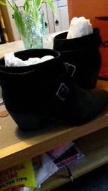 BNIB Rocketdog ladies ankle boots