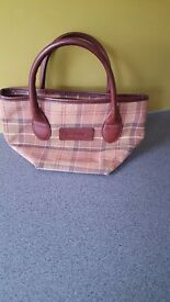 BEAUTIFUL BARBOUR HANDBAG