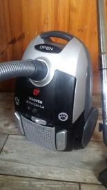 Hoover Enigma Te70 Pet cyclinder vacuum cleaner